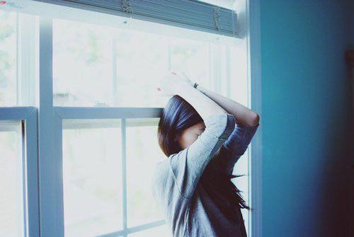 关于秘密的说说:我又哭了好久,以前是心痛,这次是感动。