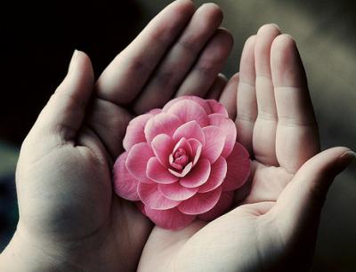 关于秘密的说说:你是我的最初,也是我的最后,你是我彻头彻尾的一生